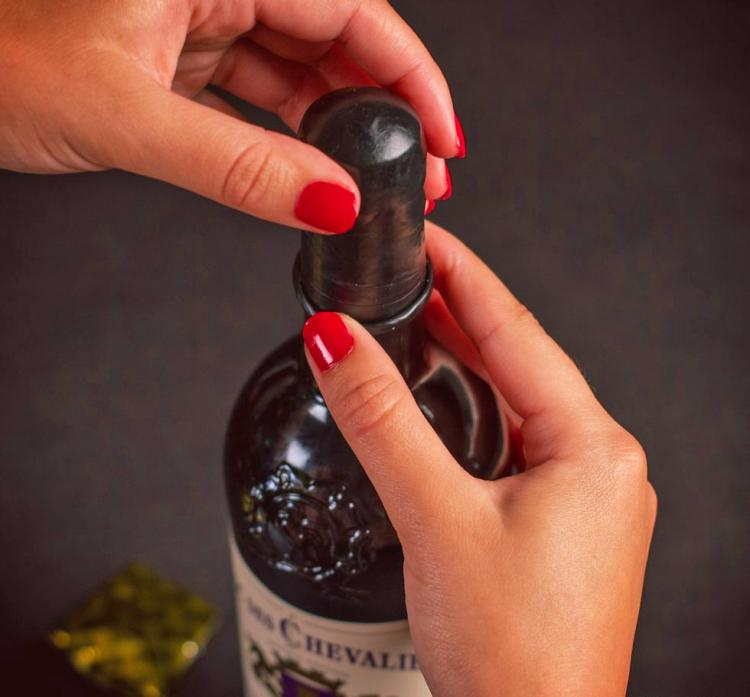 Wine Condoms - Rubber latex condom for wine bottles