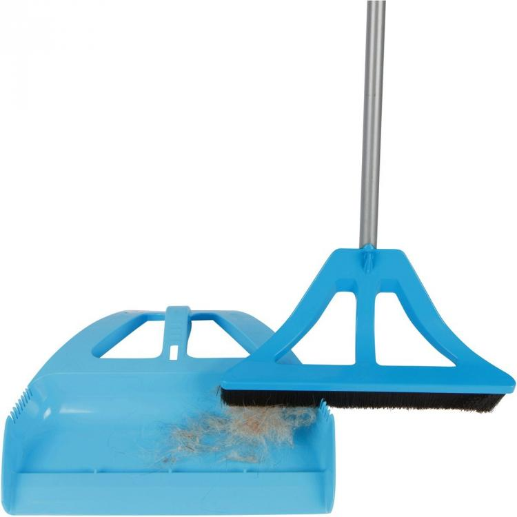 Wisp Lets You Sweep And Use Dustpan With One Hand All