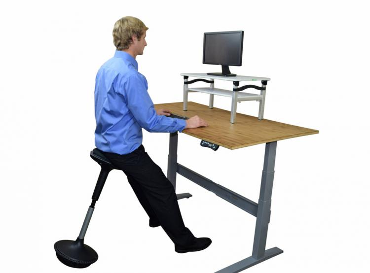 Wobble Stool A Wobbling Ergonomic Office Stool To Sit or Lean : wobble stool ergonomic chair 1141 from odditymall.com size 750 x 554 jpeg 25kB