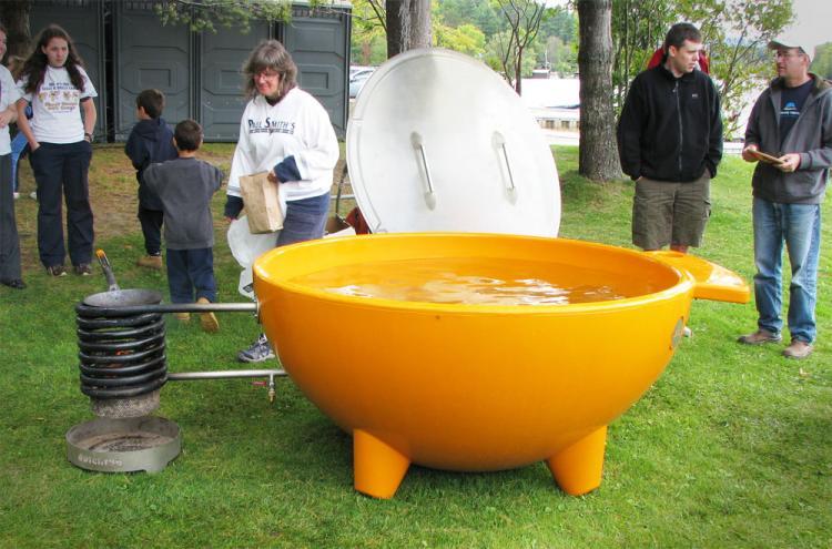 Wood Burning Hot Tub (Dutch Tub)