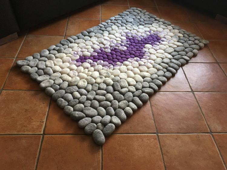 Wool Faux Stone Rugs Made To Look Like Connected Pebbles - River pebbles house rugs