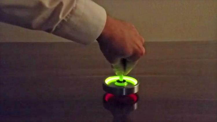 The Wozz - Unique Gyroscope Spinning Top - Uses Spinning Body Science To Spin More Than 30 Minutes