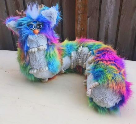 You Can Now Create Your Very Own Terrifyingly Disturbing Furby Centipede