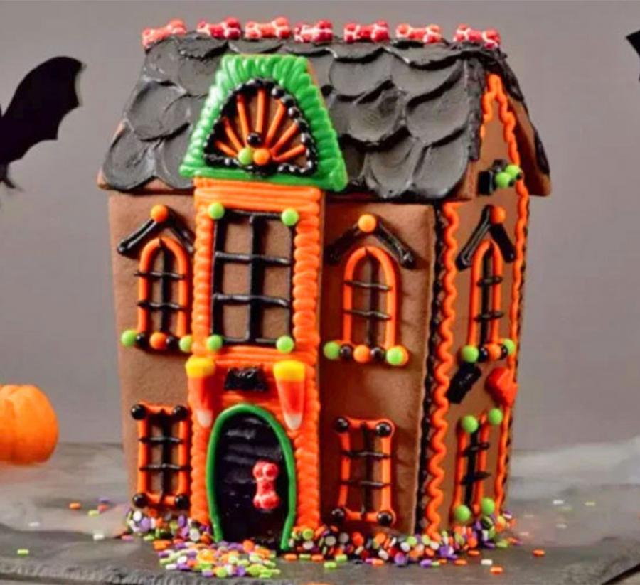 You Can Now Get A Haunted House Cookie Kit
